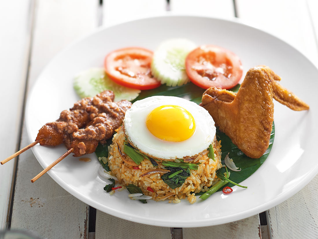 kampung-fried-rice-with-egg-chicken-wing-chicken-satay