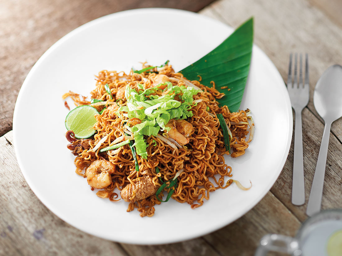 wok-fried-seafood-springy-noodle