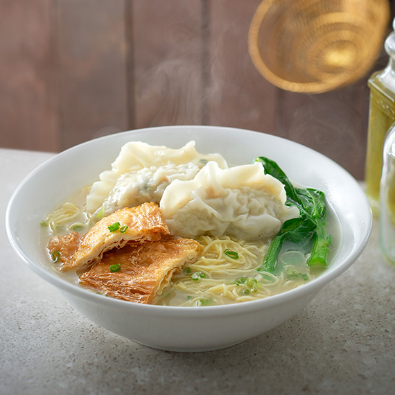 soup-egg-noodles-with-dumpling