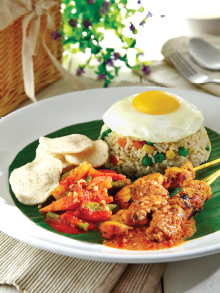 T03 Fried Rice Special with Chicken Satay (3 sticks)