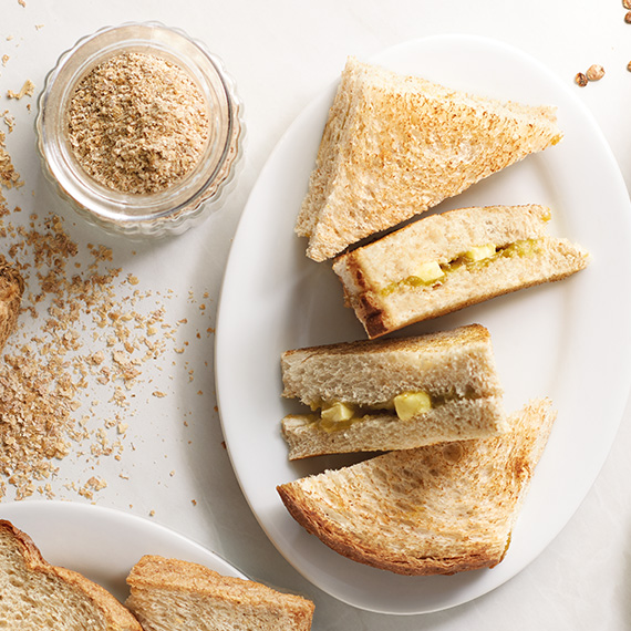 wholemeal-hainan-toast-with-butter-kaya
